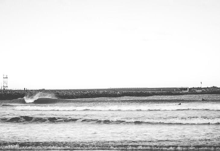 Empty faraway wave